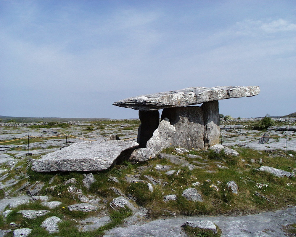 2004-22 Poulnabrone Dolmen - The Burren National Park (Ireland).jpg