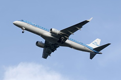 #2176 KLM Cityhopper - Embraer 190STD (PH-EZN)
