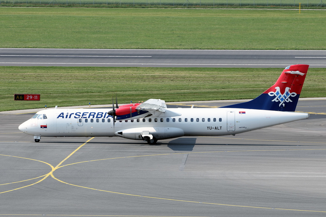 20170603-01 Air Serbia - ATR 72-212A (YU-ALT) Vienna Airport AT.jpg