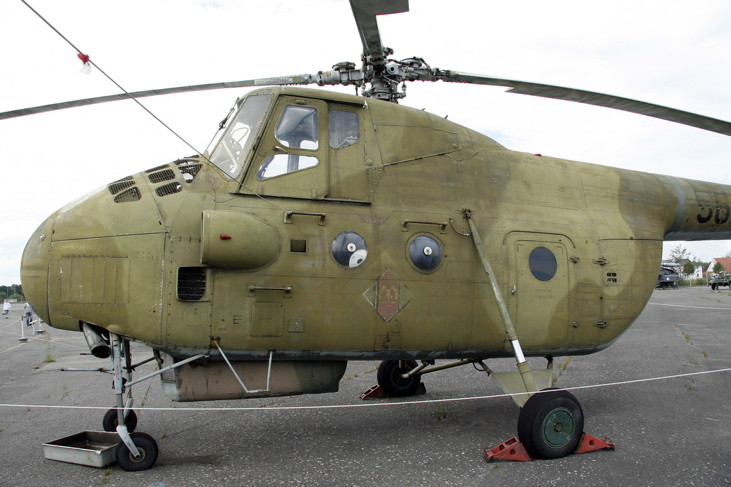 20110727-019 East German Air Force - Mil Mi-4A Hound (565) Luftwaffenmuseum DE.jpg