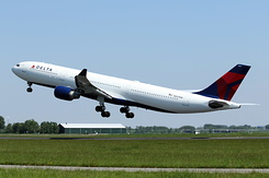 #4780 Delta Air Lines - Airbus A330-323 (N807NW)