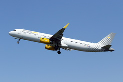 #4818 Vueling Airlines - Airbus A321-231SL (EC-MQB)