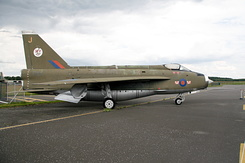 #4842 Royal Air Force - English Electric Lightning F.2A (XN730)
