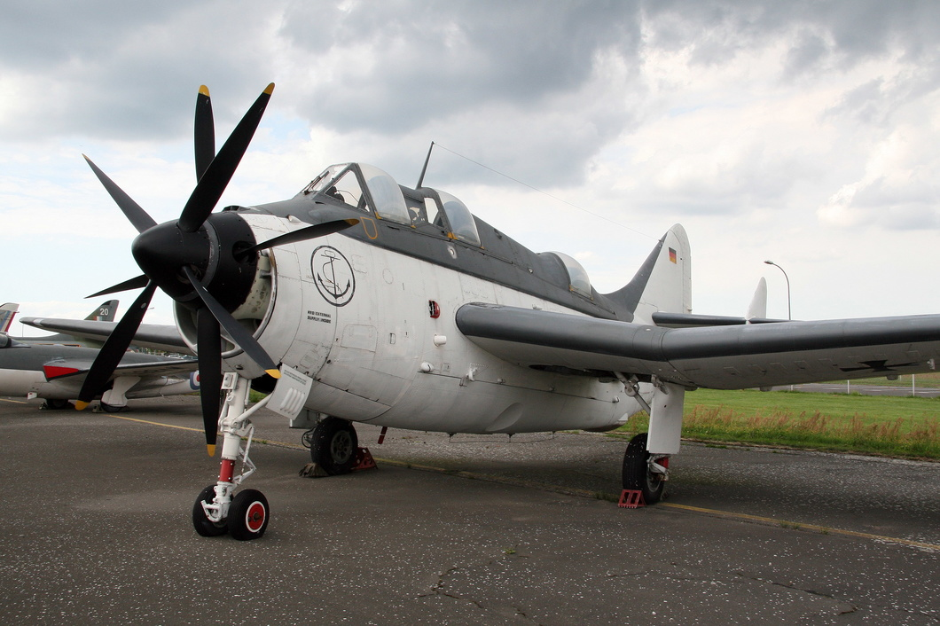 #4948 German Navy - Fairey Gannet AS.4 (UA+106)