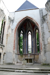 #5064 Inside ruined Church at Wachau - Markkleeberg (Germany)