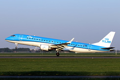 #5558 KLM Cityhopper - Embraer 190STD (PH-EZP)