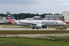 #5617 American Airlines - Airbus A321-253NX (D-AVXT / N406AN / MSN 8834)