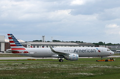 #5618 American Airlines - Airbus A321-253NX (D-AVXT / N406AN / MSN 8834)