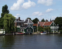 #235 Zaanse Houses at Zaandijk (Holland)