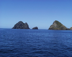 #641 Piercy Island - Bay of Islands Cruise (New Zealand)