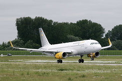 #744 Vueling Airlines - Airbus A320-232SL (D-AXAX / EC-MBT / MSN 6128)