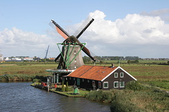 #912 Oil Mill De Zoeker (The Seeker) - Zaanse Schans (Holland)