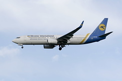 #2172 Ukraine International Airlines - Boeing 737-84R (UR-PSF)