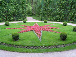 #2247 Star-shaped flowerbed at Schloss Linderhof - Ettal (Germany)