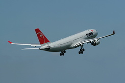 #2555 Northwest Airlines - Airbus A330-223 (N854NW)