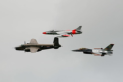 #3041 TB-25N Mitchell - Hawker Hunter - F-16AM Fighting Falcon formation