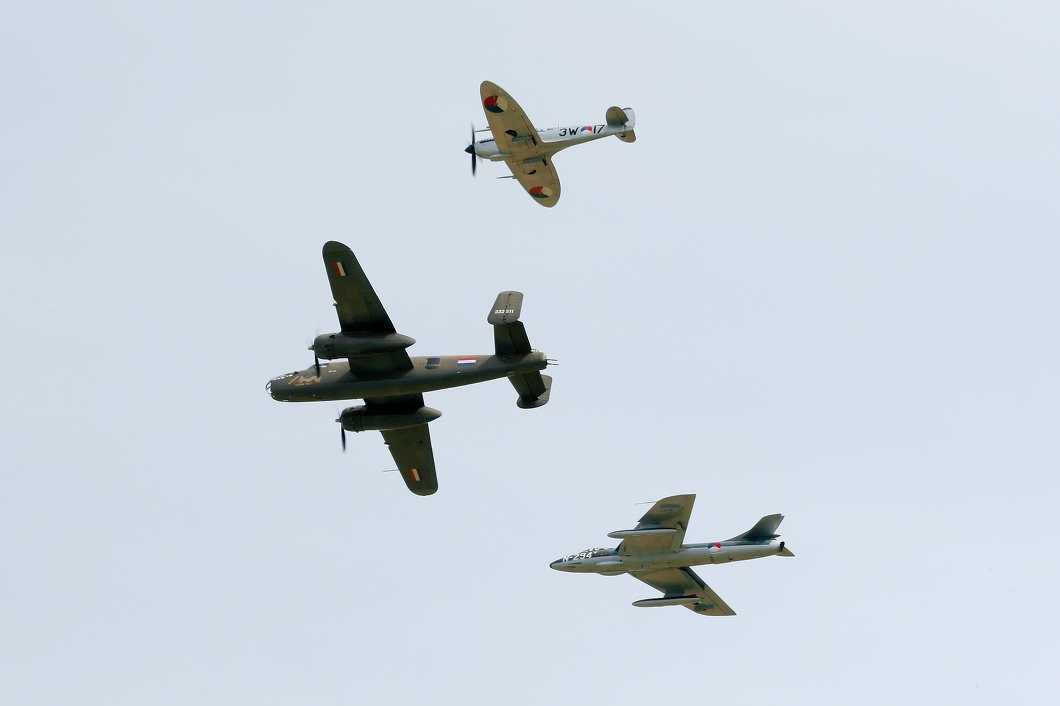 20150801-085 DHHF SKHV - Formation at Texel NL.jpg