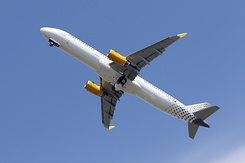 #3833 Vueling Airlines - Airbus A321-231SL (D-AVXS / EC-MMH / MSN 7152)