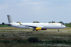 #3840 Vueling Airlines - Airbus A321-231SL (D-AVXS / EC-MMH / MSN 7152)