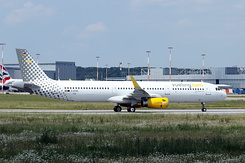 #3841 Vueling Airlines - Airbus A321-231SL (D-AVXS / EC-MMH / MSN 7152)