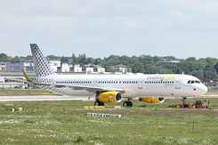 #4296 Vueling Airlines - Airbus A321-231SL (D-AYAM / EC-MRF / MSN 7714)