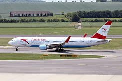 #4441 Austrian Airlines - Boeing 767-3Z9ER (OE-LAX)