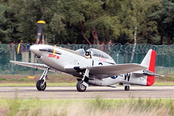 #4560 Vintage Dream Factory - North American P-51D (PH-VDF / 472922)