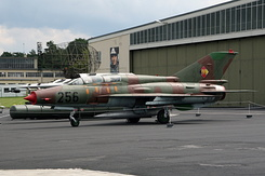 #4738 East German Air Force - Mikoyan-Gurevich MiG-21UM Mongol-B (256)