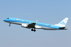#4814 KLM Cityhopper - Embraer 190STD (PH-EZR)