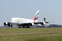 #5134 Emirates - Airbus A380-861 (A6-EED)