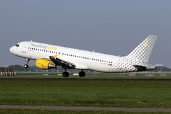 #5531 Vueling Airlines - Airbus A320-214 (EC-JGM)