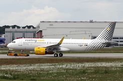 #5830 Vueling Airlines - Airbus A320-271N (D-AUAG / EC-NDC / MSN 8945)