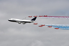 #6183 British Airways - Boeing 747 in formation with RAF Red Arrows