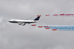 #6184 British Airways - Boeing 747 in formation with RAF Red Arrows