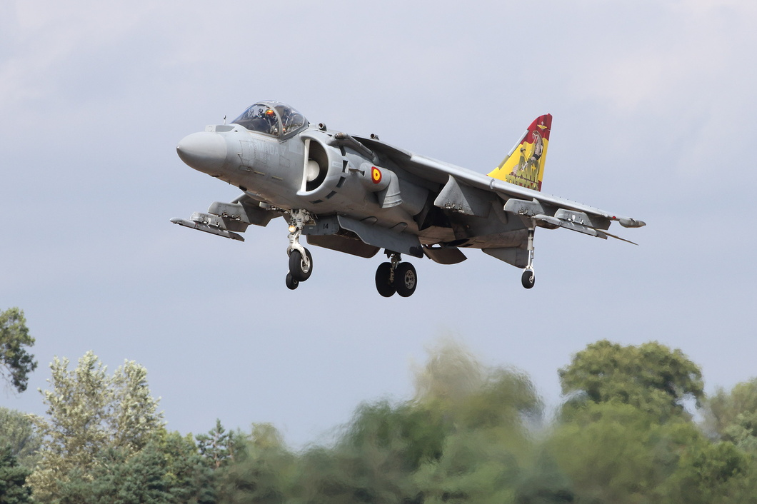 20190720-176 Spanish Navy - McDonnell Douglas EAV-8B Harrier II Plus (VA.1B-24 01-914) RAF Fairford UK.jpg